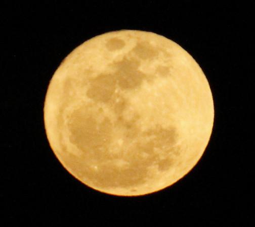 Super Moon Shot 2011