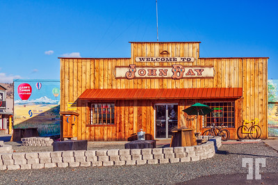 John-Day-country-store-Oregon-Nevada-Hyw
