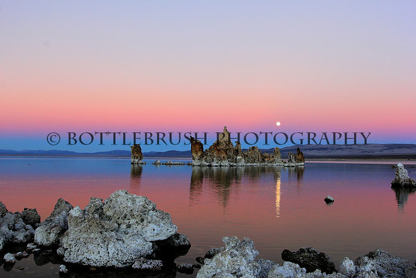 Moonrise over Mono Lake Tufa