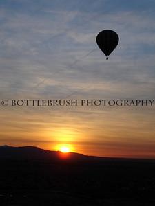 Sunrise hot air balloon ride in Palm Springs, Ca