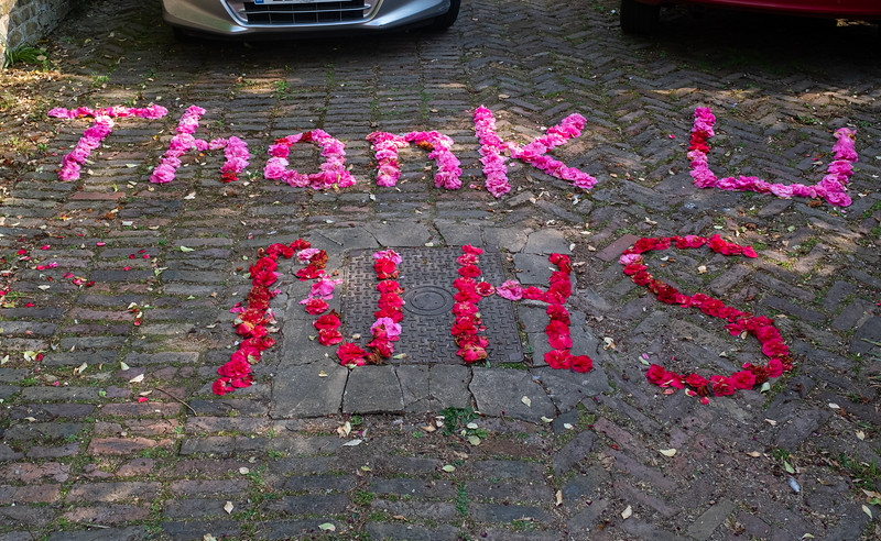 Floral tribute to NHS