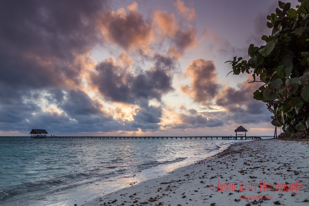 Dawn on the beach of Cayo Guillermo