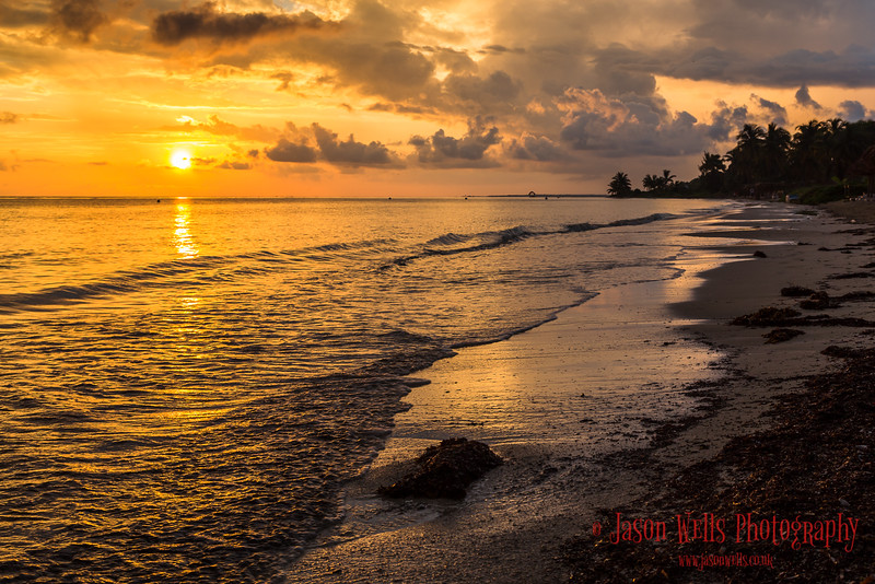 Cayo Guillermo at sunrise