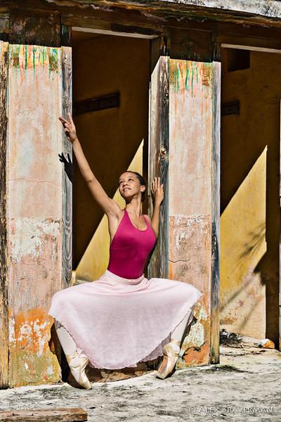 Ballet Nacional de Cuba in the ruined bathhouse #70