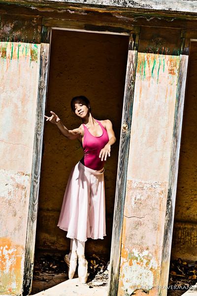 Ballet Nacional de Cuba in the ruined bathhouse #118