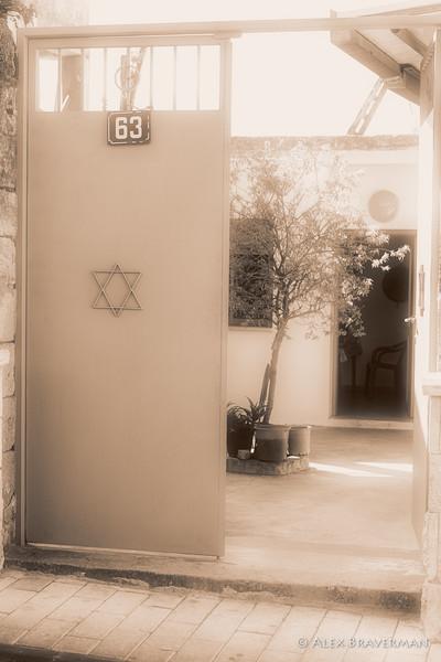 Jewish home #432