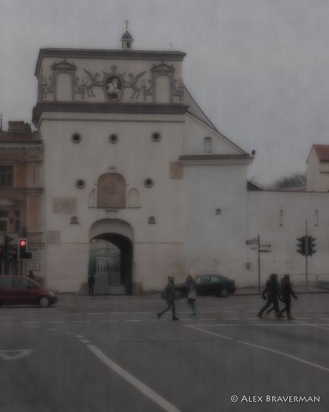 Aušros Vratai on a gloomy afternoon