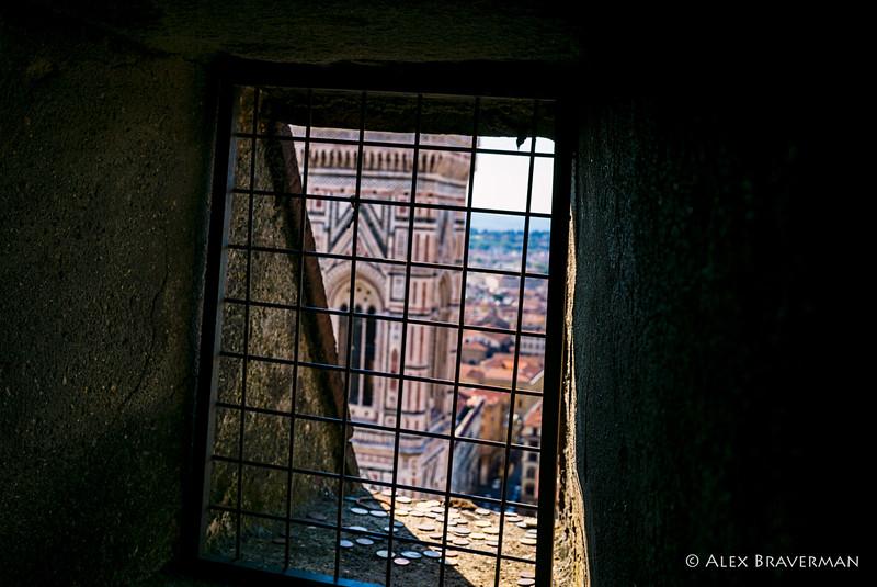 Through the slits of Duomo, #5
