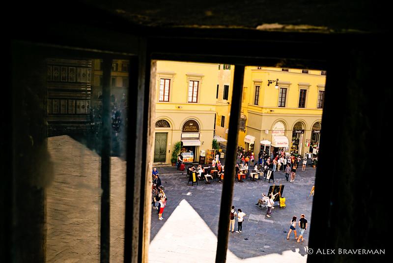 Through the slits of Duomo, #7