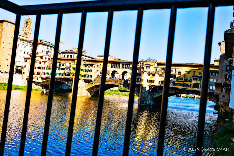 blocking off Ponte Vecchio