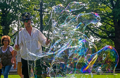 28.08.17 - Bubble Man