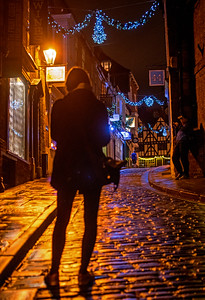21.11.17 - The Kids on Steep Hill