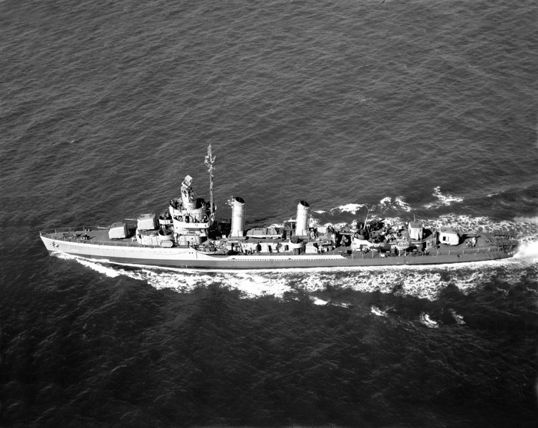USS Macomb (DD-458)<br /> <br /> Date: Unknown<br /> Location: Unknown<br /> Source: William Clarke - National Archives