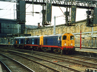 20901, 20904 and 20305. Carlisle. August 2001.