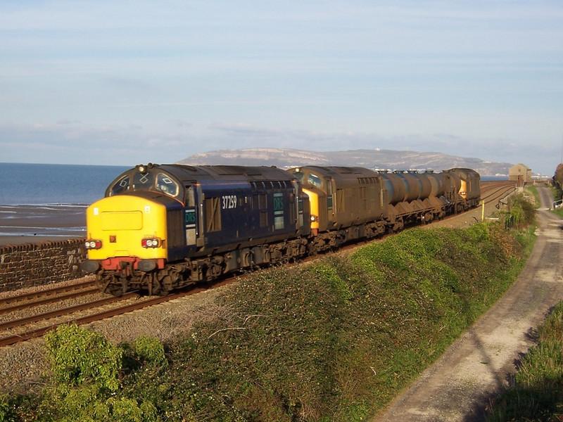 37259, 37059 and 37602. Llanfairfechan. November 2006.