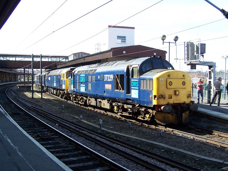 37229 and 47802. York. April 2007.