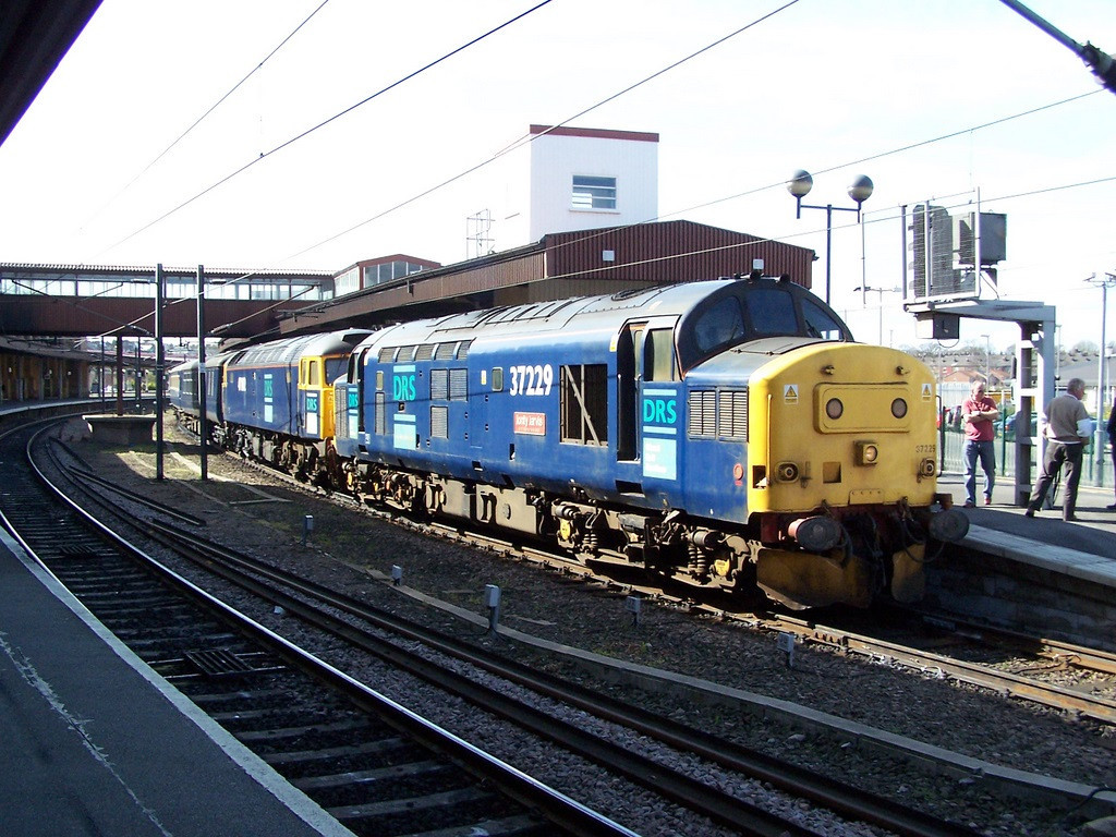 37229 and 47802. York. April 2007.