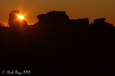 Daily photo for April 13, 2010 (View the image in its  original gallery):  Sunset on Table Mountain - Cape Town, South Africa ... March 11, 2010 ... Photo by Rob Page III
