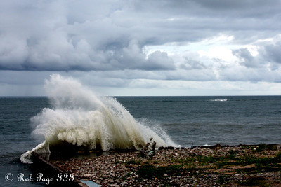 Daily Favorite for November 23, 2011  Waves - Panama City, Panama ... October 14, 2011 ... Photo by Rob Page III