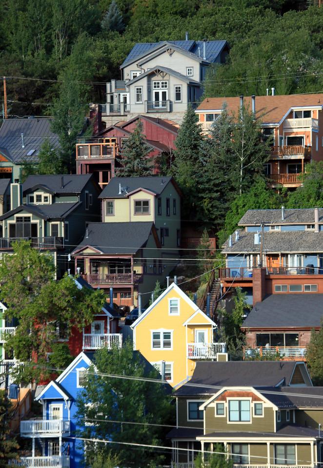 Mountainside Homes