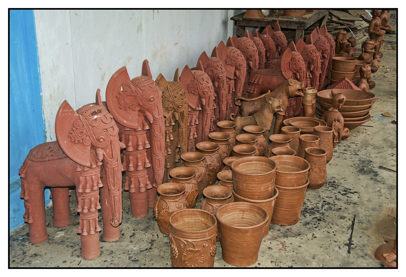 "4th year Pic 023 - Nov 24 2011 <span style=""color:yellow"">Bastar handicrafts</span> Bastar handicrafts at Kondagaon  More pictures at http://hershy.smugmug.com/Travel/Chitrakoot-waterfalls/18610549_kXkHFK"