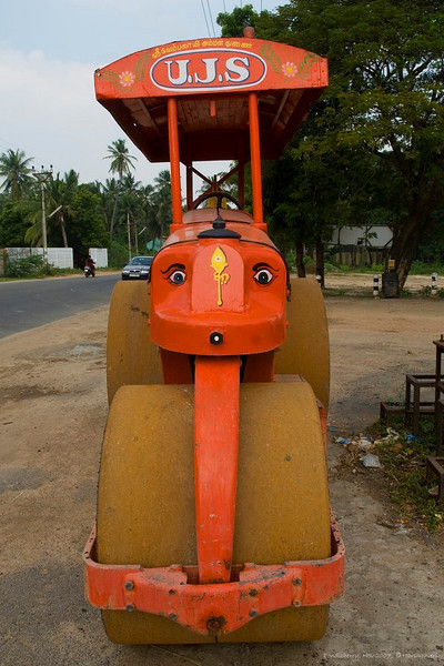 "Road roller. <br /> <br /> Pondicherry, India.<br /> <br /> more pics:  <a href=""http://Hershy.smugmug.com/gallery/3951305_mw7Dp/1/289184725_zpLUc"">http://Hershy.smugmug.com/gallery/3951305_mw7Dp/1/289184725_zpLUc</a><br /> <br /> travel and other info on Pondicherry  <a href=""http://tourism.pondicherry.gov.in/"">http://tourism.pondicherry.gov.in/</a>"