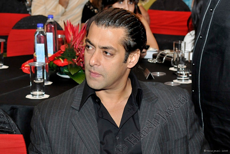 """202 11 Dec<br /> Salman Khan (Movie star) <br /> <br /> Shot at Times Food Awards 2008<br /> D300 - ISO 800 No PP except for colour correction. <br /> <br /> <br /> Every year India's leading newspaper The Times of India, (Mumbai edition) publishes books on the best restaurants and night spots of the city. A gala event was organized on 16th November and the selected restaurants were presented awards. There was a big turnout rubbing shoulders with the society's best. <br /> <br /> <br /> more pics at gallery: <br /> <br />  <a href=""""http://hershy.smugmug.com/gallery/6594238_4tdWy#420090079_p45Lu"""">http://hershy.smugmug.com/gallery/6594238_4tdWy#420090079_p45Lu</a><br /> <br /> <br />  <a href=""""http://www.javeri.net"""">http://www.javeri.net</a>"""