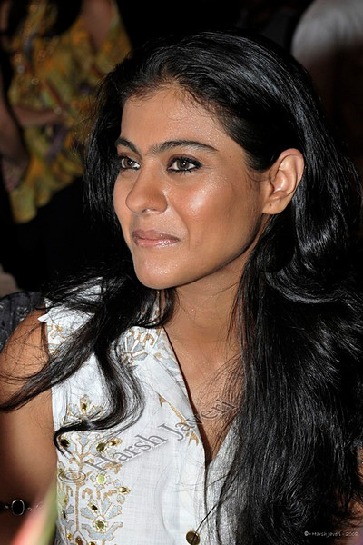 "203 12 Dec<br /> Kajol (Movie star) <br /> <br /> D300 - ISO 400 No PP except for colour correction. <br /> <br /> Shot at Times Food Awards 2008<br /> <br /> Every year India's leading newspaper The Times of India, (Mumbai edition) publishes books on the best restaurants and night spots of the city. A gala event was organized on 16th November and the selected restaurants were presented awards. There was a big turnout rubbing shoulders with the society's best. <br /> <br /> <br /> more pics at gallery: <br /> <br />  <a href=""http://hershy.smugmug.com/gallery/6594238_4tdWy#420090079_p45Lu"">http://hershy.smugmug.com/gallery/6594238_4tdWy#420090079_p45Lu</a><br /> <br /> <br />  <a href=""http://www.javeri.net"">http://www.javeri.net</a>"