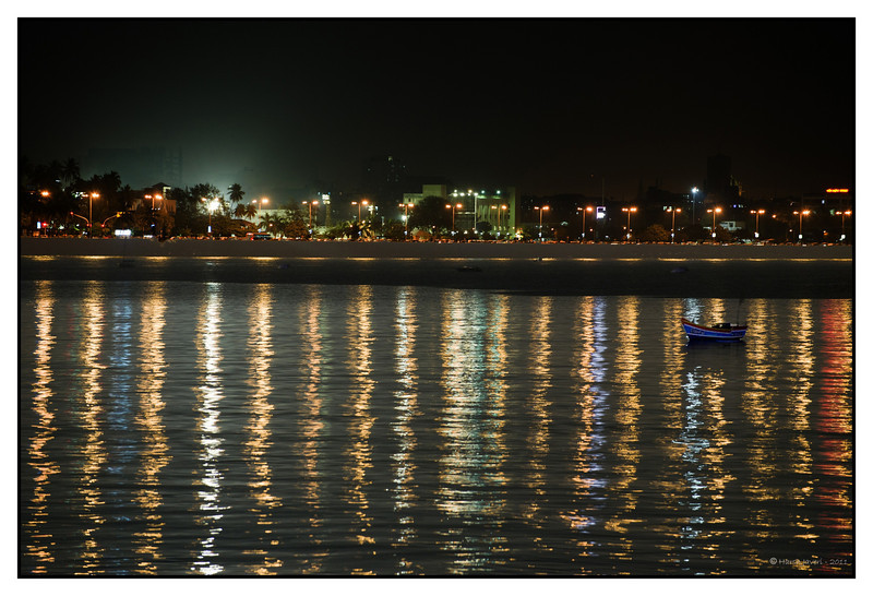 3rd year Pic 191 - Mar 27 2011<br /> Marine Drive<br /> D700 ISO 800 f5.6 1/2 sec