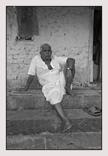 "3rd year Pic 036 - Aug 27 2010<br /> Man on steps, Banganga<br /> <br /> Leica D-Lux-4 - BEST seen in XLARGE size<br /> <br /> The original colour version was selected in D-Lux Masters gallery at Leica (LFI) gallery! <br /> <br />  <a href=""http://gallery.lfi-online.de/gallery/displayimage.php?album=lastup&cat=-2776&pos=1"">http://gallery.lfi-online.de/gallery/displayimage.php?album=lastup&cat=-2776&pos=1</a>"
