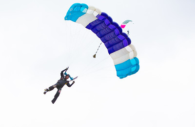 Parachuting at Voss, Norway (ekstremsportveko 2013)