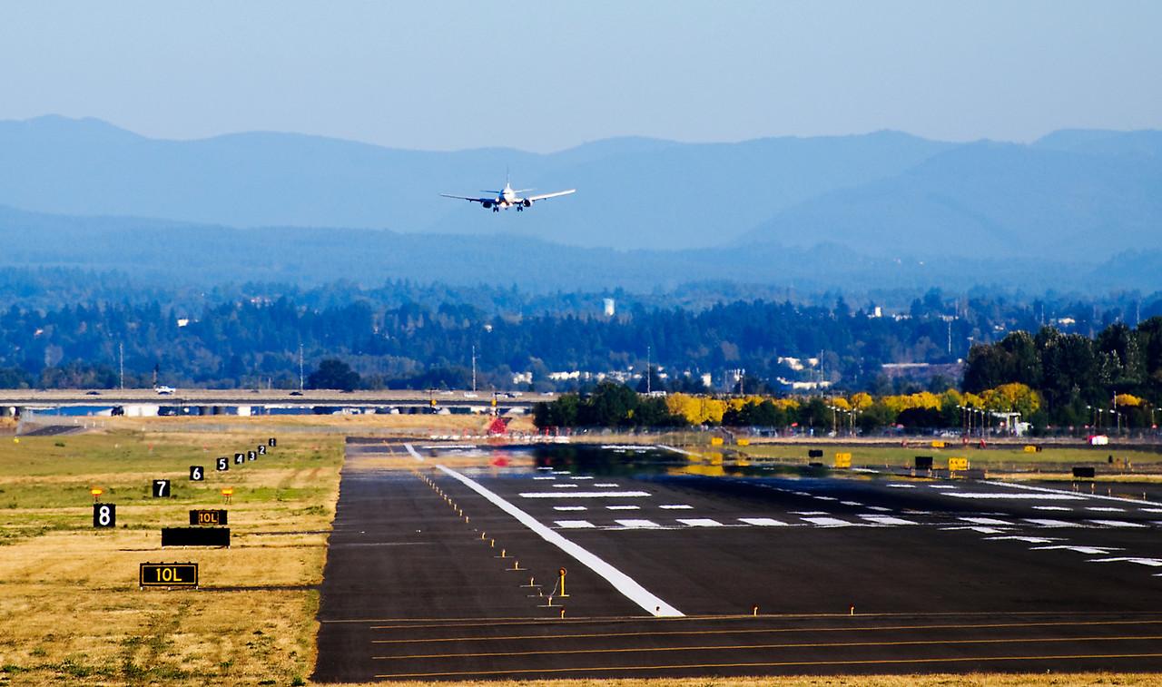9.30.12  Landing, Portland Airport
