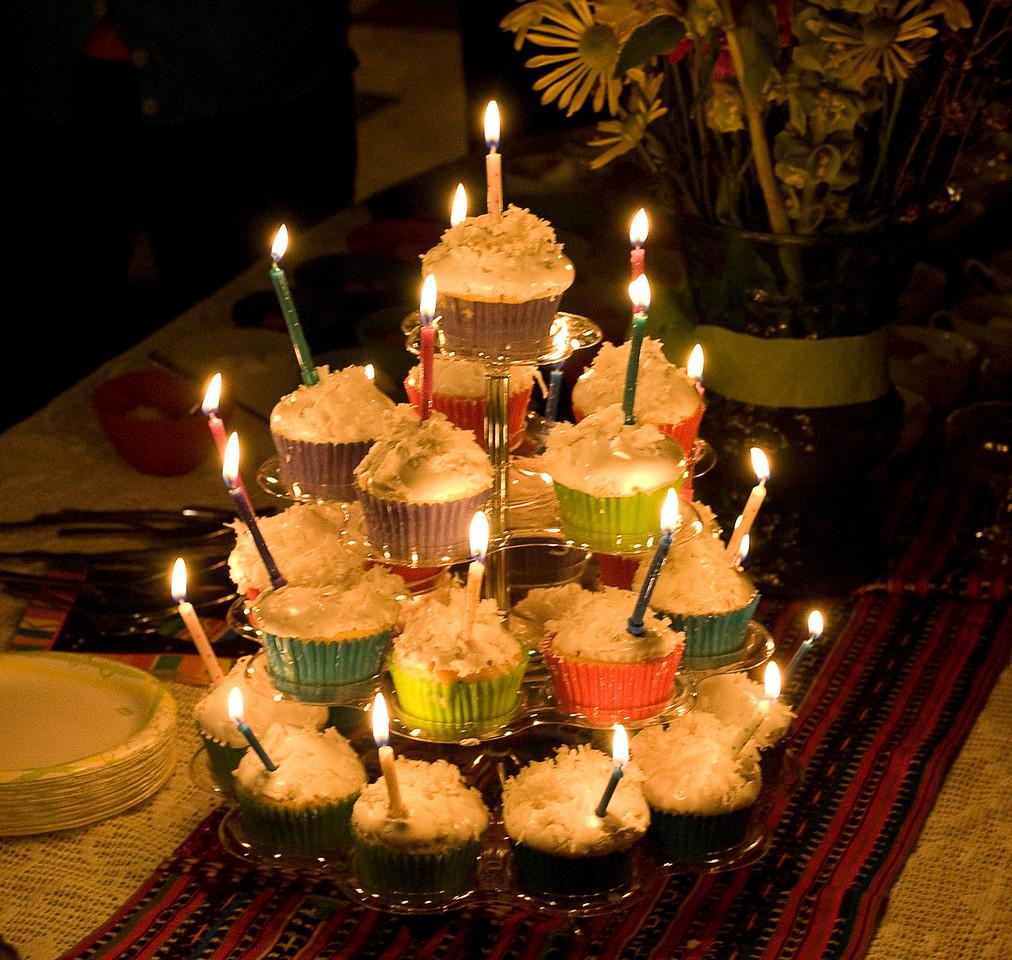 4-11-10 Birthday candles (Happy Birthday, Mom)