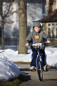 2010-03-03  Breaking the bikes out for the first time. Avoiding the piles of snow is the trick.