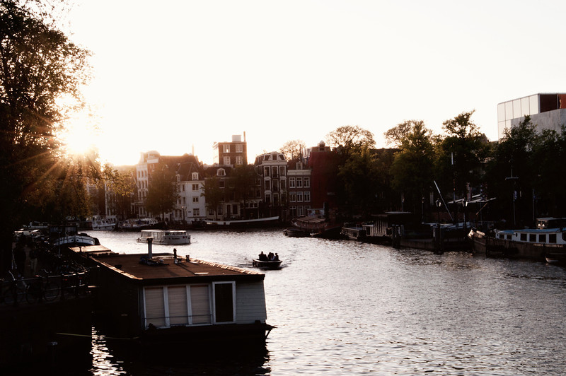 Another one from my trip to Amsterdam. I've finally found some time to actually work on these photos. Thank you again for all your comments. I really appreciate it. I'm sorry I was busy this weekend so I couldn't check out whatever did this weekend. I hope to catch up soon.