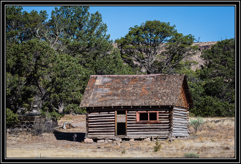 Log Cabin on FR-85