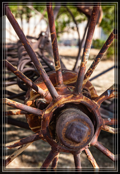 Metal Hub and  Spokes