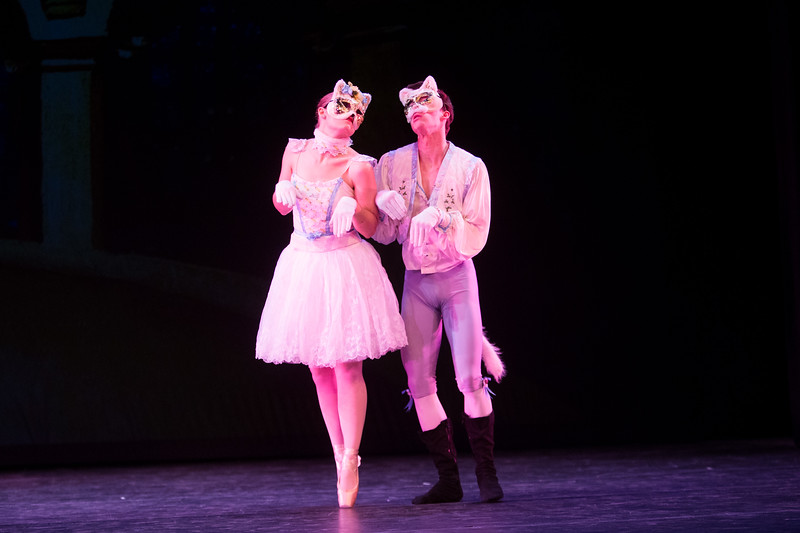 1501-44 262  1501-44 THB Ballet in Concert  Theatre Ballet presents Ballet in Concert.  Fairytales and Fantasy with Contemporary program.  Photo by Todd Wakefield/BYU  Copyright BYU Photo 2015 All Rights Reserved photo@byu.edu  (801)422-7322