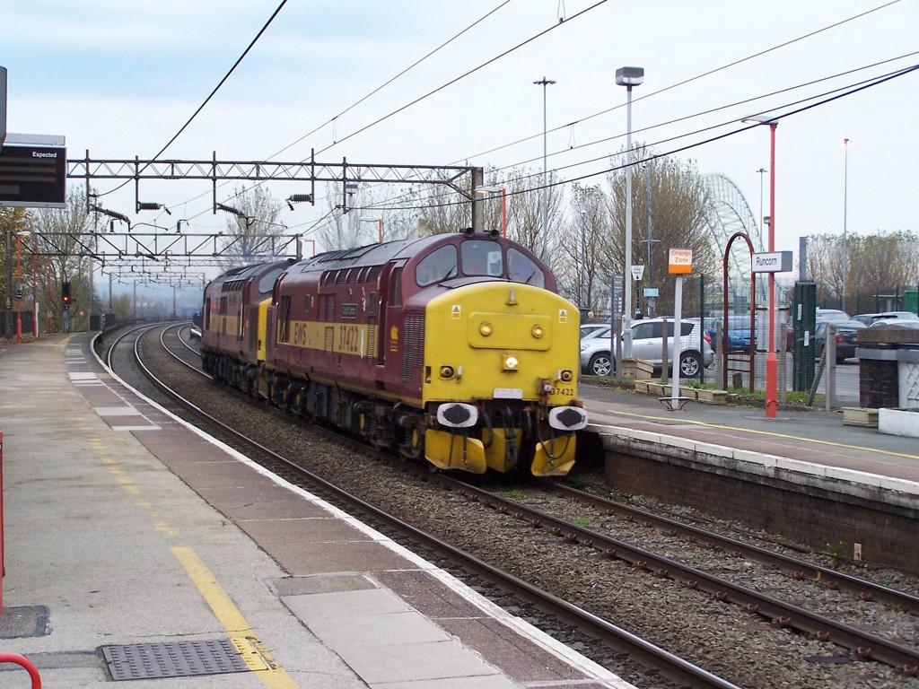 37422 and 37417, Runcorn. November 2007.