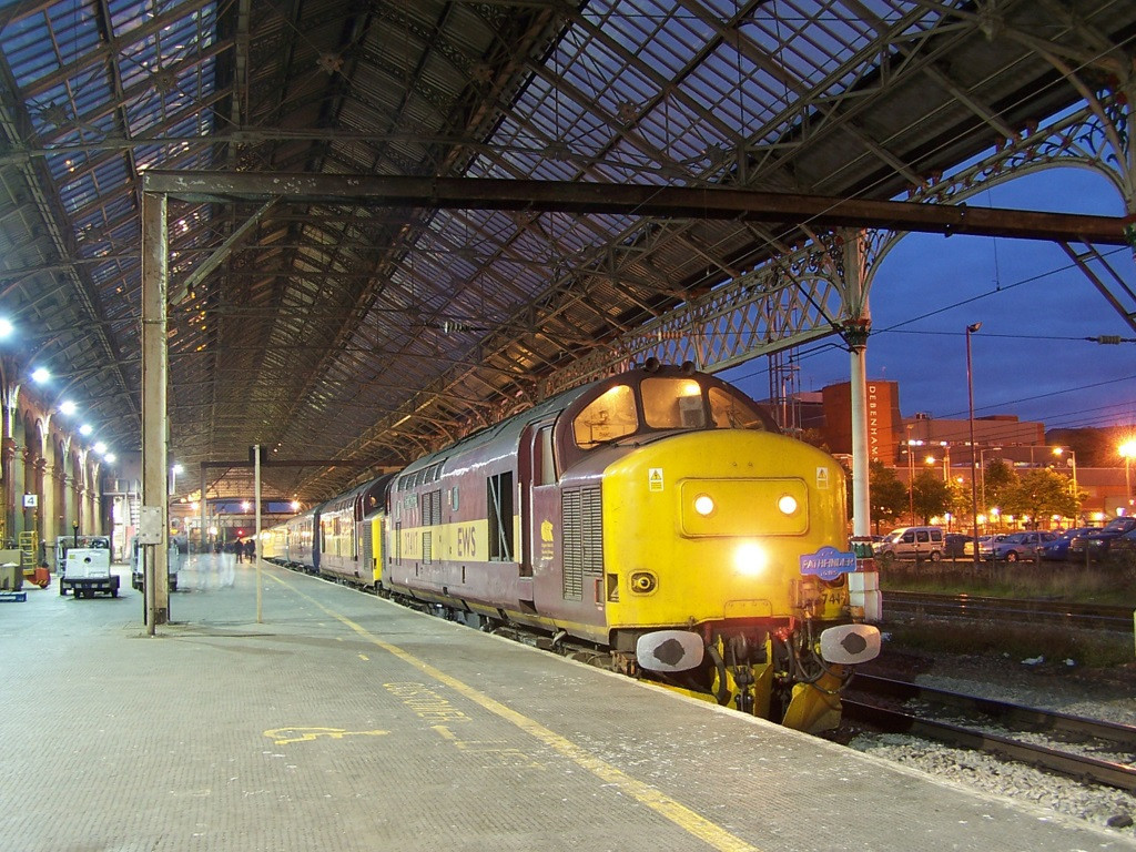 37417 and 37410, Preston. September 2007.
