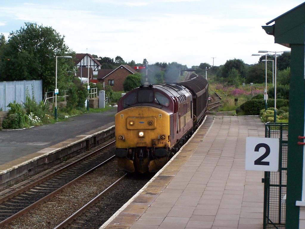 37410, Helsby. July 2007.