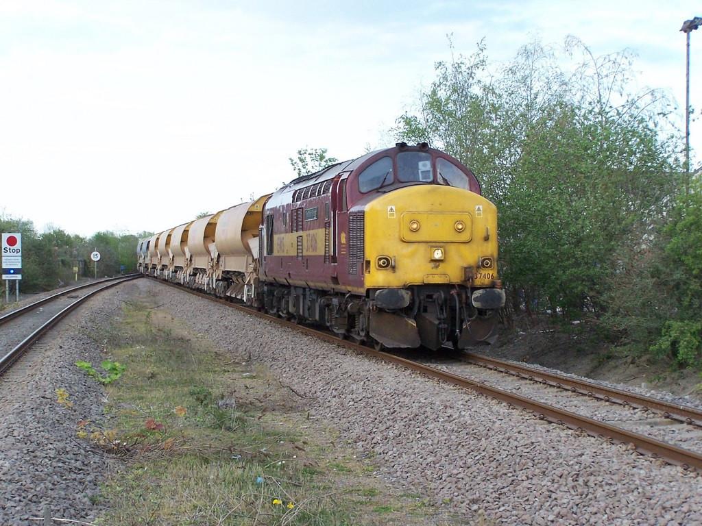 37406, Welshpool. April 2007.