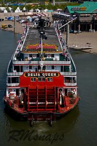 boat_20080430_0884