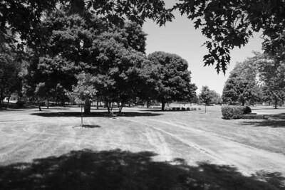 St. Mary's Park (same scene in b/w) (1/200 sec f/10 iso 200 no filter)