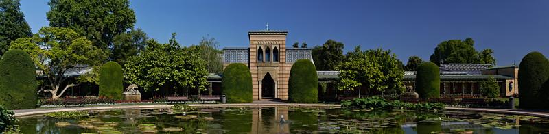 Wilhelma Zoo - Seerosenteich