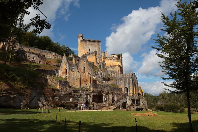 Dordogne, château de Commarque, f/8, 1/800, iso 200, 24 mm