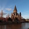 Metz, f/8, 1/320, iso 200, 15 mm