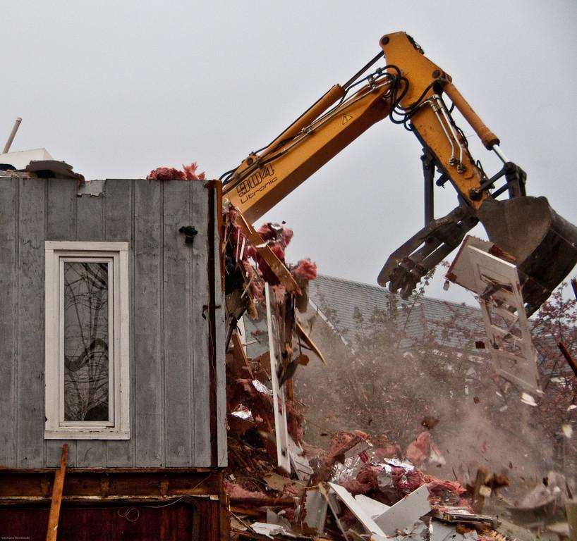 house demolition in Arlington