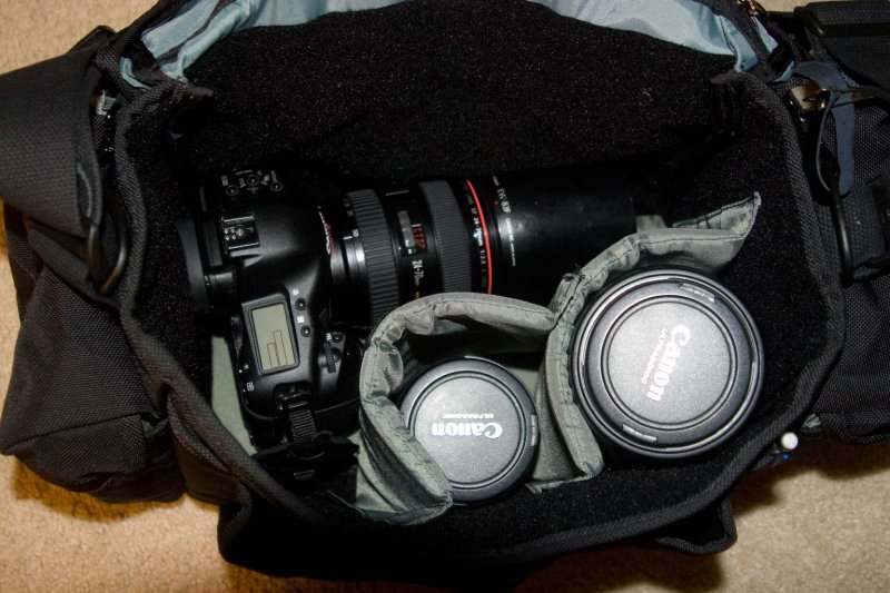 Pictured: EOS 1D mk II n with 24-70 2.8L, 17-40L, and 70-200 2.8L