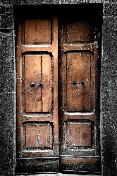 Door 10 - Tuscany, Italy